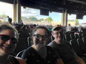 Theresa attended 92. 5 Xtu Anniversary Show: Chris Young - Country on Jun 22nd 2019 via VetTix